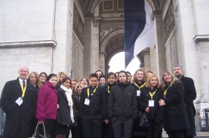 DFG-Delegation am Arc de Triomphe
