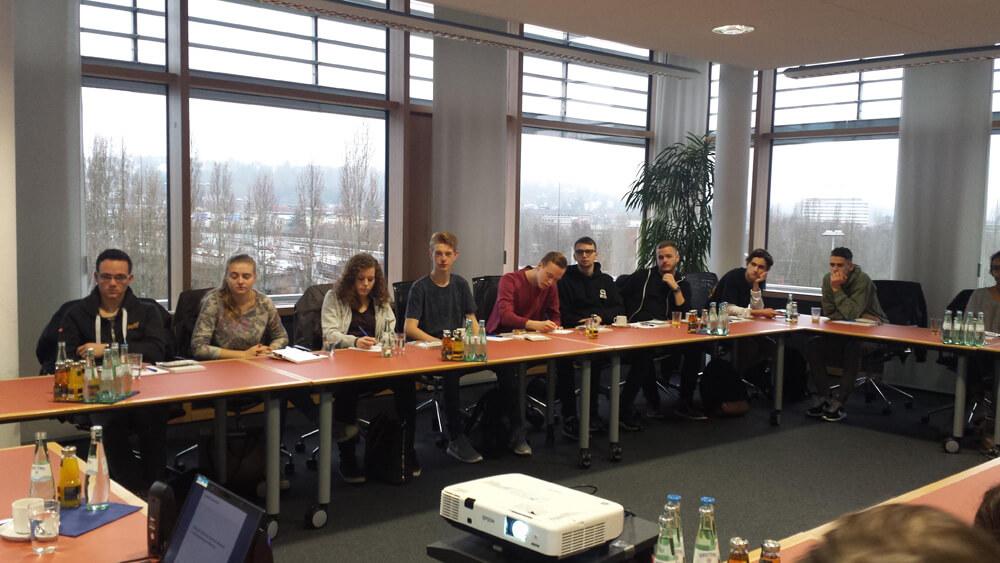 Klasse Première ES zu Besuch in der Bundesbank-Filiale Saarbrücken