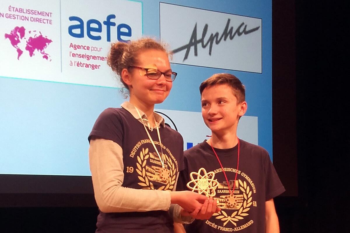 Marion Hass und Jonas Rousselange Sieger beim Science Slam in Frankfurt
