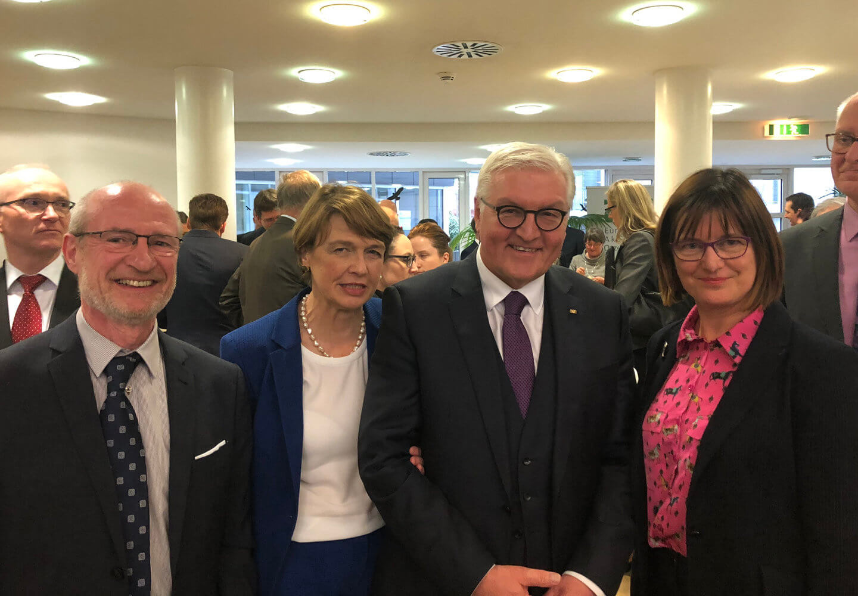 DFG-Schulleitung bei Veranstaltung mit Bundespräsident Steinmeier