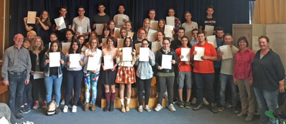 On Wednesday, 6th of September 2017, the pupils were handed their certificates.