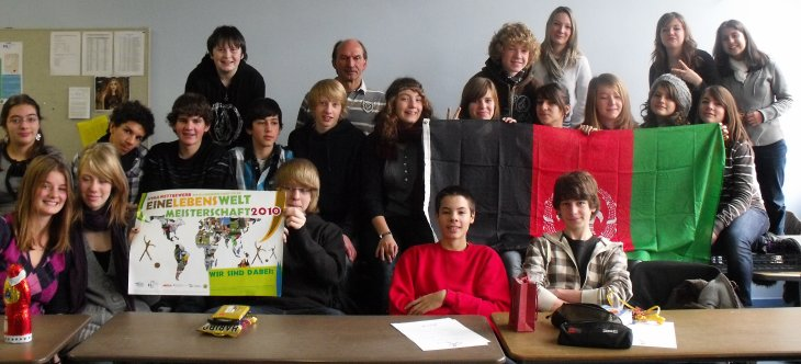 """Schulwettbewerb """"Eine LebensWeltMeisterschaft 2010"""" – das DFG als Botschafter für Afghanistan"""