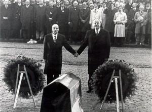 François Mitterrand & Helmut Kohl (1984)