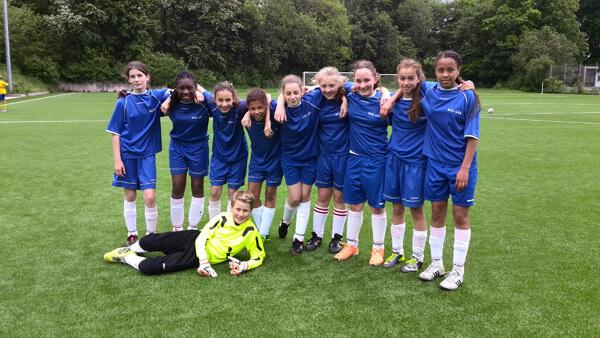 Zwischenrunde Jugend trainiert  für Olympia Fußball WKIII Mädchen