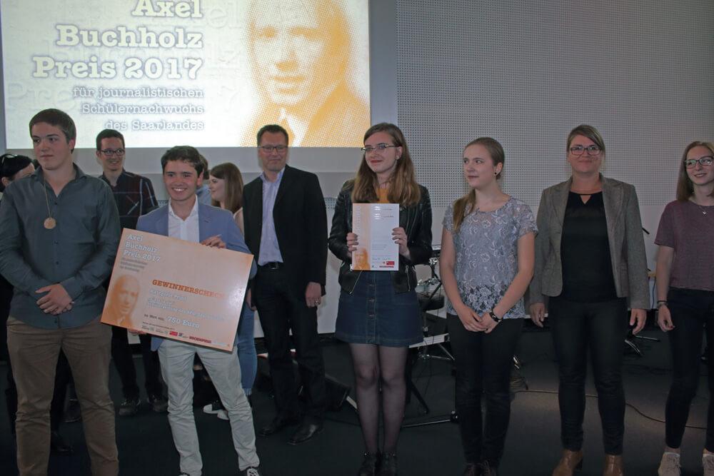 """Axel-Buchholz-Preis 2017 für DFG-Schülerzeitung """"C'est la vie"""""""
