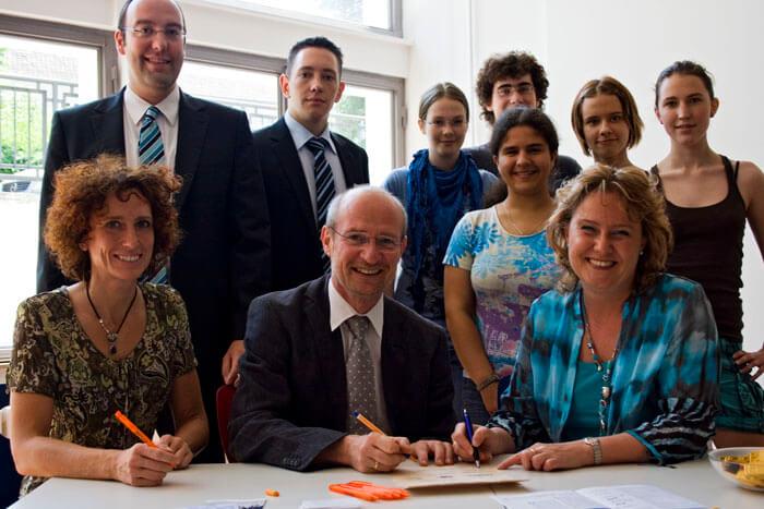 Lernpartnerschaft zwischen Bank 1 Saar und DFG