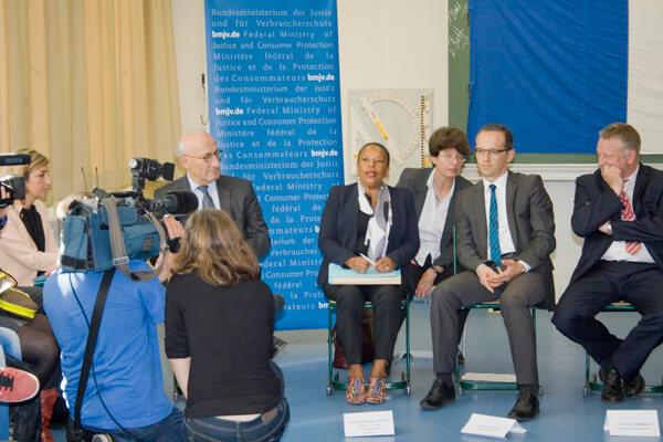 Französische Justiziministerin und ihr deutscher Amtskollege zu Besuch am DFG