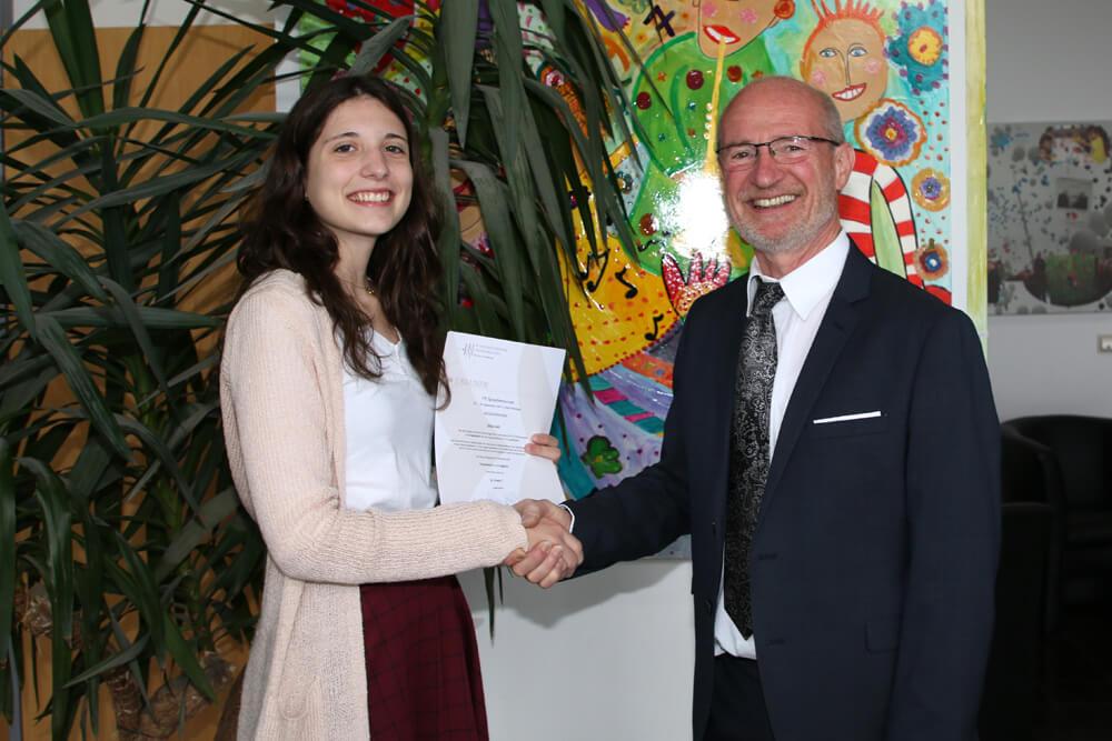 Zwei DFG-Schülerinnen erfolgreich im Finale des Bundeswettbewerbs Fremdsprachen