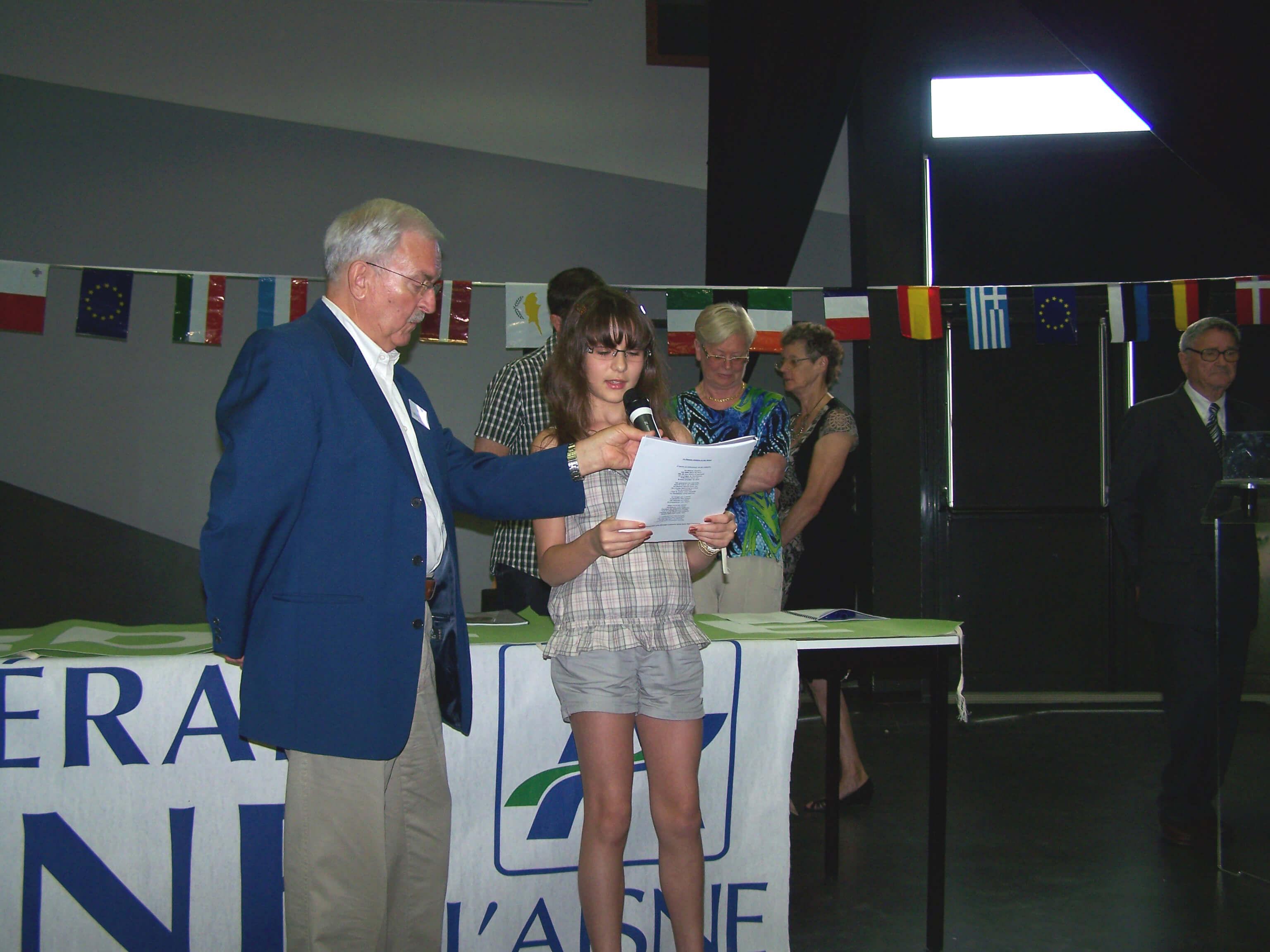 Lucie Eisen (Klasse 5ebi2) gewinnt Jean de La Fontaine-Literaturpreis der Stadt Château-Thierry
