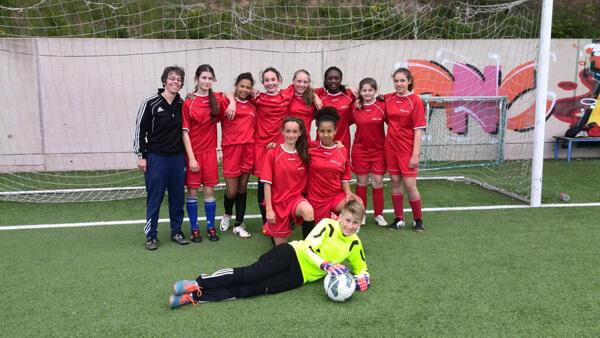 DFG qualifiziert sich für die Endrunde der WKIII Mädchen Fußball