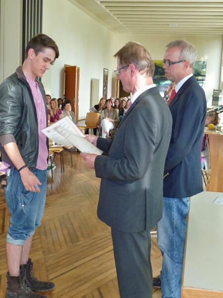 Cambridge Certificates 2011: brilliant results!