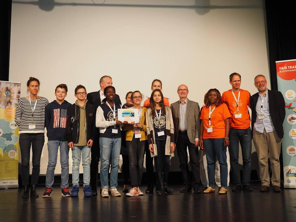 Schülerinnen des DFG bei Fairtrade Conference an Universität Saarbrücken