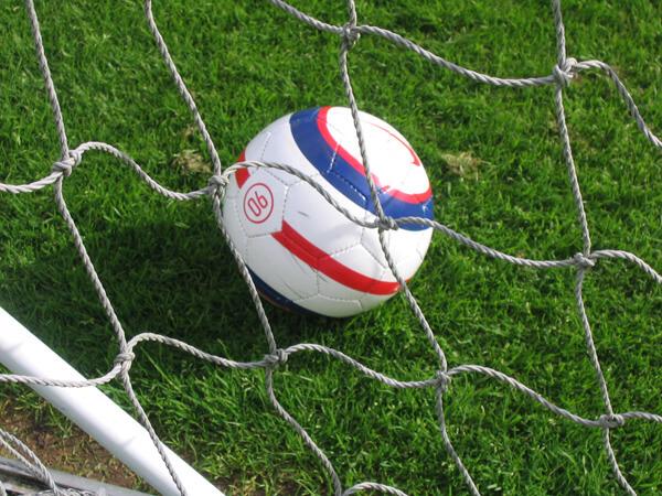 DFG-Fußball-Jungen WK 1 unbesiegt ausgeschieden