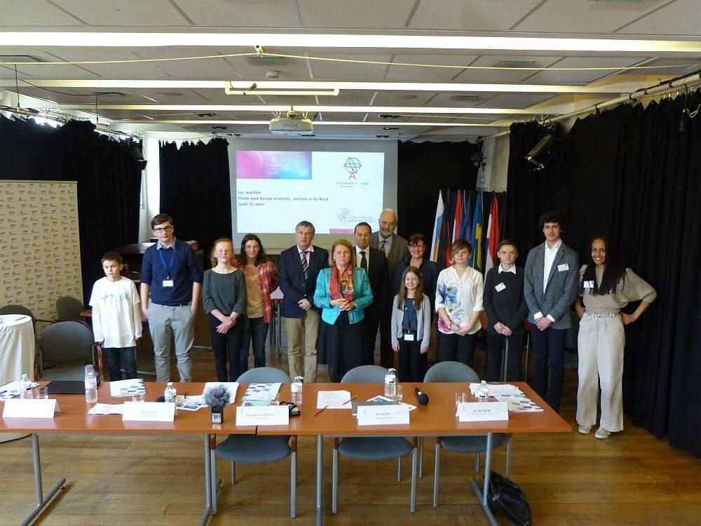 """Finale des AEFE-Debattenwettbewerbs """"Ambassadeurs en herbe"""" für Mittel- und Ost-Europa in Brüssel"""