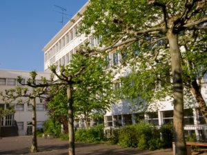 DFG-Schulhof